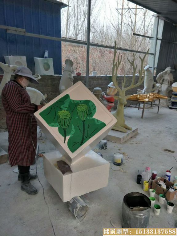 玻璃钢材质公园小品雕塑 池塘荷花雕塑品 (1)